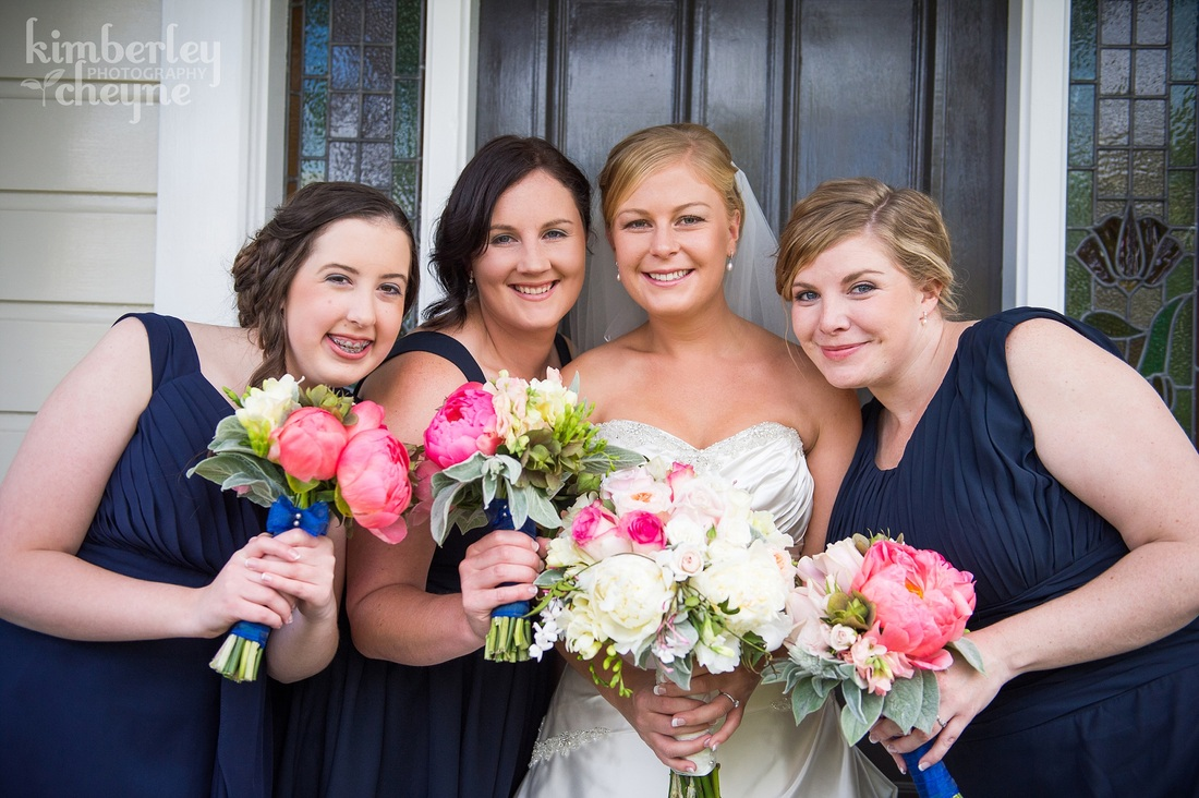Dunedin Wedding, KImberley Cheyne Photography, Bride, Wedding Dress, Bridesmaids